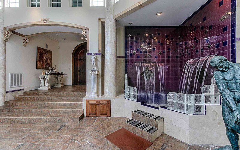 Bell Mill Mansion | Amenities - Waterfall Hot Tub